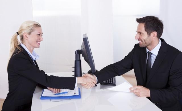 Hiring_staff_handshake_resize